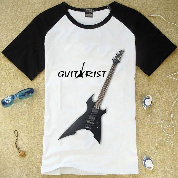 Áo thun ngắn tay in hình cây đàn guitar