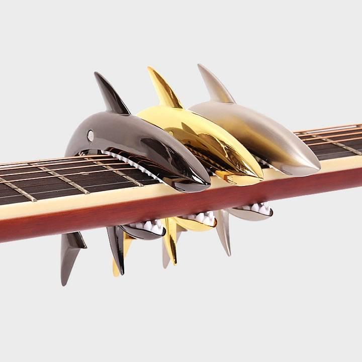 Capo guitar cá mập nhiều màu bền đẹp