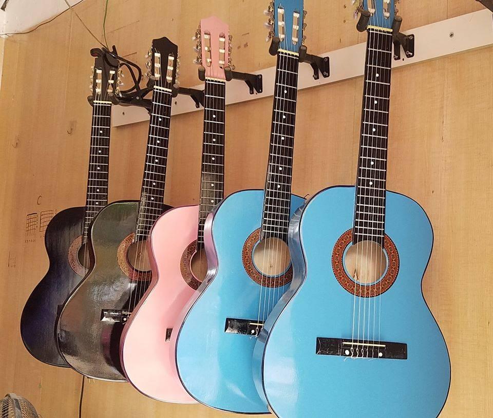 Đàn guitar classic GC101